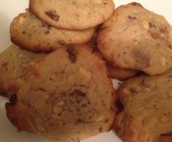 Cookies mit weißer Schokolade und Nougat