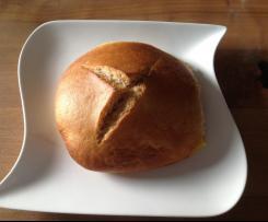 Fluffige Dinkel-Buttermilch Brötchen