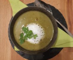 Kopfsalatsuppe
