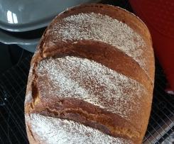 Roggen-Dinkel-Brot aus dem Ofenmeister
