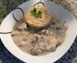Championgeschnetzeltes mit Reis in Weißwein-Rahmsoße