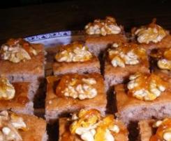 Honigkuchen mit Walnüssen