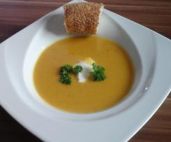 Linsencremesuppe mit Orange
