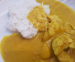 Indisches Curry mit Reis