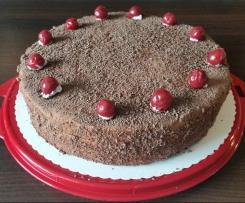 Sahne-Nuss-Torte à la Oma Fine