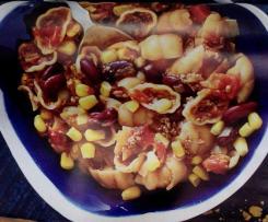 Bohnen-Nudel-Top mit Avocado Dip