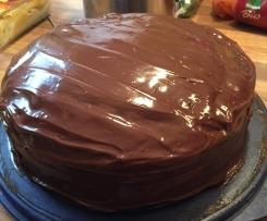 Schokoladenkuchen mit Chili