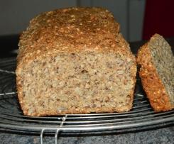 Dinkel-Grünkern-Brot