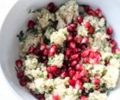 frischer Kräuter - Couscous-Salat mit Granatapfel - Variation von Couscous-Salat