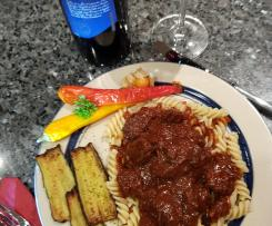 Gerrys Rinderfilet-Gulasch im Fusilli-Pastabettchen