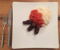 Glyx Cevapcici mit Paprika-Tomaten Sugo und Reis