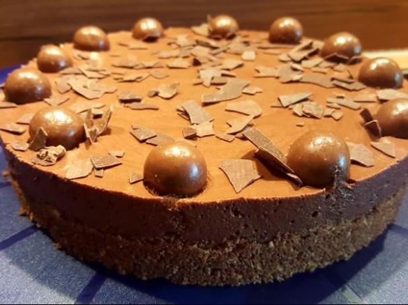 Schnelle kleine Mousse au Chocolat Torte ohne backen (18er ...