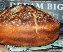 Dinkel-Bauern-Brot im Tontopf