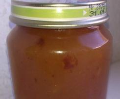 Birnenmarmelade mit karamellisierten Haselnüssen