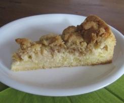 Apfelkuchen mit Sauerrahm und Walnussstreuseln