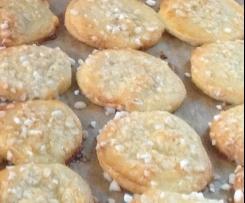 Oma's Schmandplätzchen         -                                                           Teig ohne Zucker