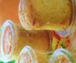 Orangen-Aprikosen-Kuchen im Glas