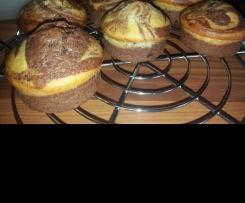 Variation von Marmor Bananen Muffins