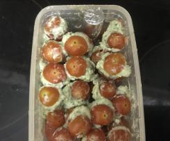 Tomaten gefüllt mit Gorgonzolacreme
