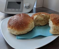Burger Buns, Burgerbrötchen oder auch Brioche