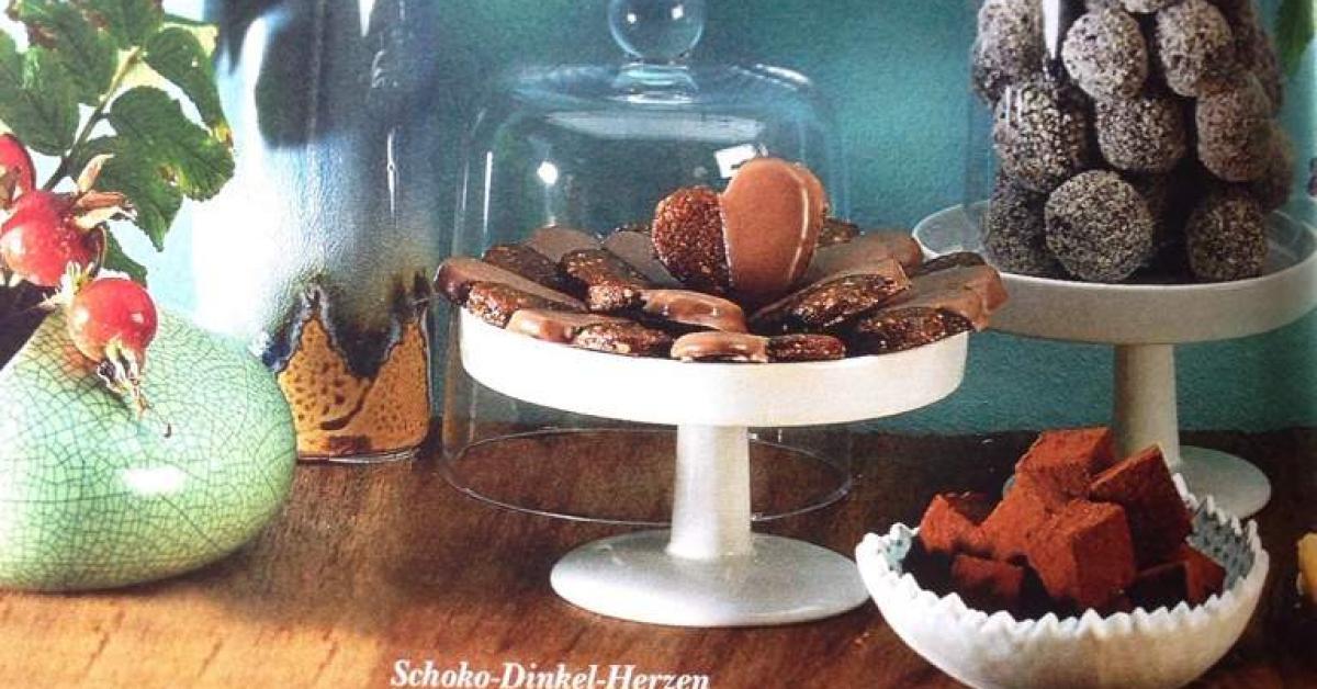 schoko lik r pralinen finessen 06 2012 von kabar ein thermomix rezept aus der kategorie. Black Bedroom Furniture Sets. Home Design Ideas