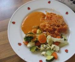 Fetagemüse mit Reis und Tomatensauce