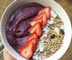 Smoothie Bowl mit Acai Superfood - Antioxidantien - Abnehmen - Vegan
