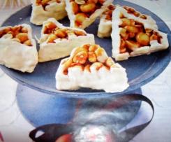Erdnussecken mit weißer Schokolade