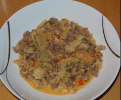 Paprika-Krauttopf mit Hackfleisch
