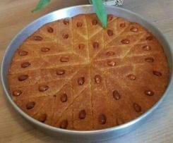 Basboussa - arabischer Grießkuchen
