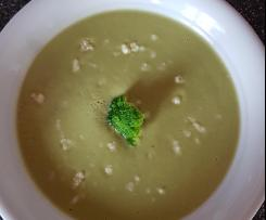 Broccoli-Suppe mit Gruyère