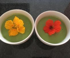 Kalte Gurkensuppe - vegan (erfrischendes Gurkenschaumsüppchen für heiße Tage)
