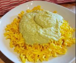 Brokkoli-Mandel-Sauce