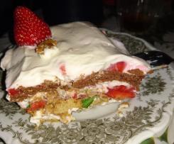 Erdbeertiramisu ohne Ei und Mascarpone, aber mit viel Protein