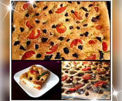 Andrea's Focaccia mit Tomaten Oliven und Kräutern