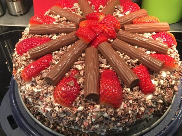 Yogurette Torte Von Kerstin Grote Ein Thermomix Rezept Aus Der