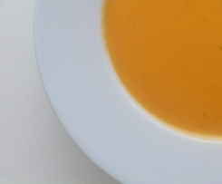 Zucchini-Tomaten-Suppe
