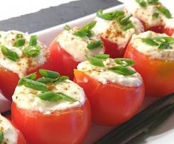 Ricotta-Minz-Dip bzw. gefüllte Tomaten