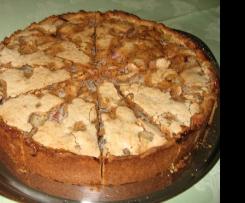 Rhabarberkuchen mit feinem Mandelbaiser