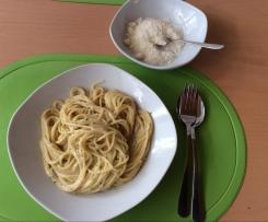 Knoblauch-Sahne-Spaghetti a la Danie