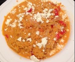 Sauerkraut-Paprika-Topf mit roten Linsen und Feta