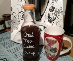 Variation von Chai-Tea-Latte-Sirup