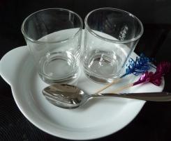 Schokoladen und Mascarpone Dessert im Glas festlich