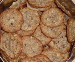 Hauchdünne knusprig-zarte Haferkekse mit Mandeln und Zimt
