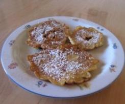 Hollerküchle gebackenen