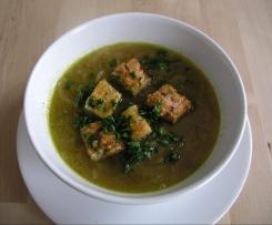 Zwiebelsuppe mit Käsecroutons