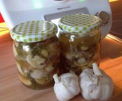 Eingelegte Pilze Champignons in Weißwein & Knoblauch Geschenk Mitbringsel