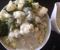 Gemüse mit Reis & heller Sauce (vegan)