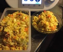 Kohl Karotten Salat mit Sonnenblum kerne