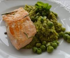 Erbsenpüree mit Lachs (15 Minuten Gericht)